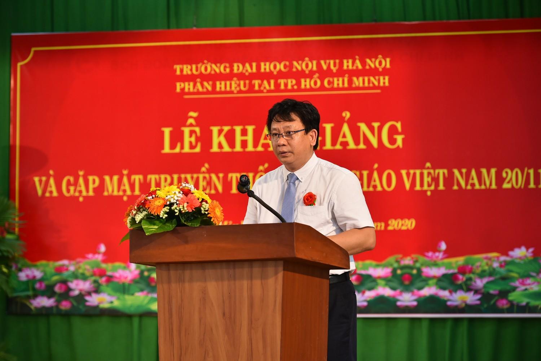 TS. Trương Cộng Hòa - Q. Giám đốc Phân hiệu trong lễ khai giảng năm học mới