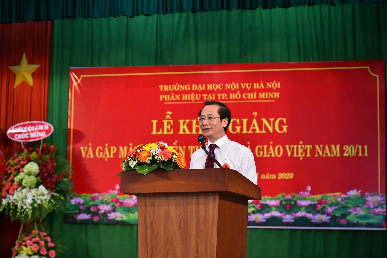 PGS.TS Nguyễn Bá Chiến - Hiệu trưởng